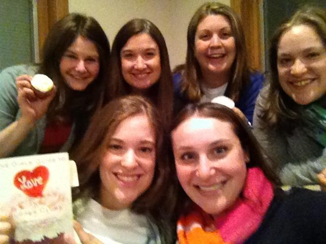 A good book, cupcakes and amazing friends - what more could you need in life?